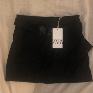 Zara women's faux leather skirt with belt